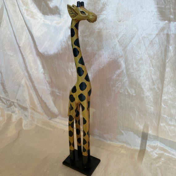 Fa zsiráf szobor